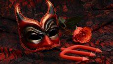 Devil mask and pitchfork